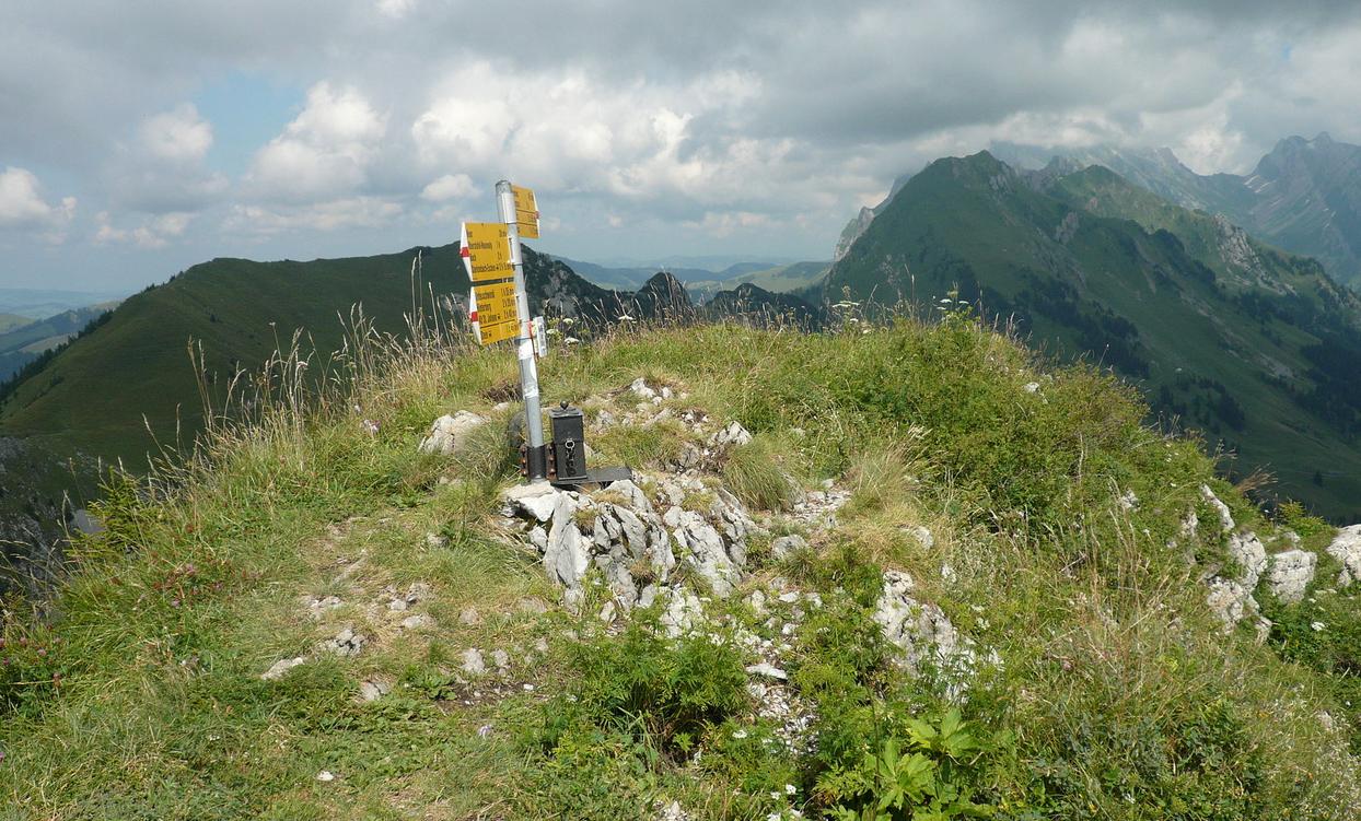 Neuenalpspitz Gipfel